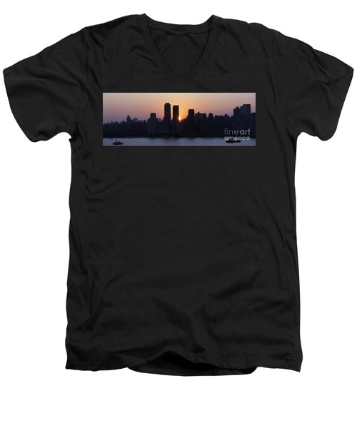 Men's V-Neck T-Shirt featuring the photograph Morning On The Hudson by Lilliana Mendez