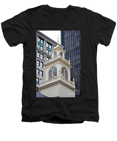 Old State House Boston Ma Men's V-Neck T-Shirt
