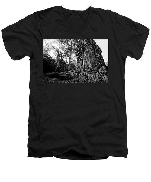 Ruin At Angkor Wat Men's V-Neck T-Shirt