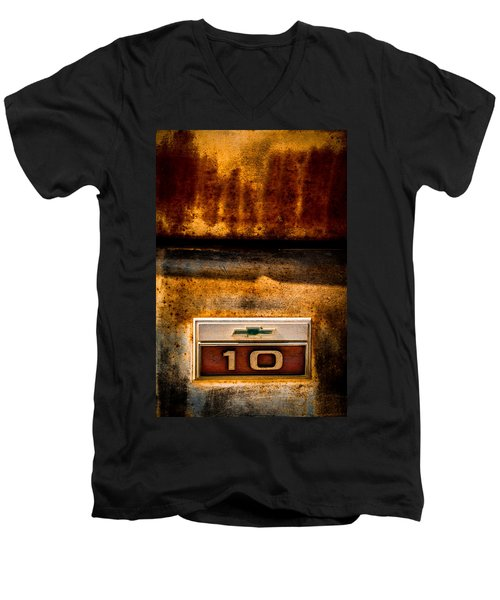 Rusted C10 Men's V-Neck T-Shirt
