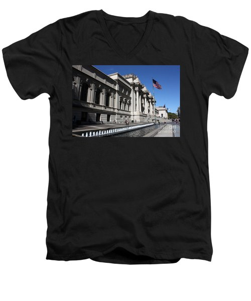 The Met Men's V-Neck T-Shirt by David Bearden