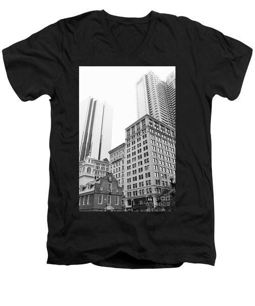 Boston Cityscape Men's V-Neck T-Shirt