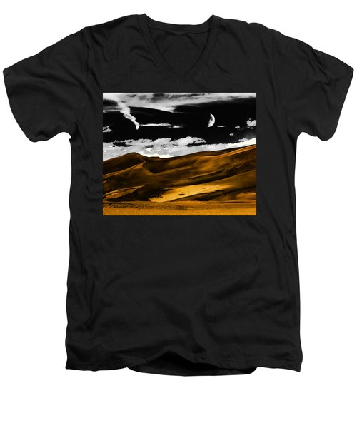 Night At The Great Sand Dunes Men's V-Neck T-Shirt