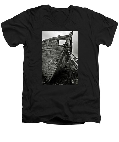 Old Abandoned Ship Men's V-Neck T-Shirt