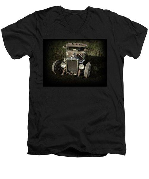 31 Chevy Rat Rod Men's V-Neck T-Shirt