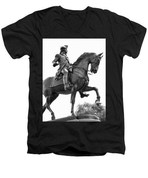 George Washington Statue Boston Ma Men's V-Neck T-Shirt