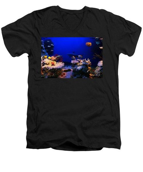 Underwater Scene Men's V-Neck T-Shirt