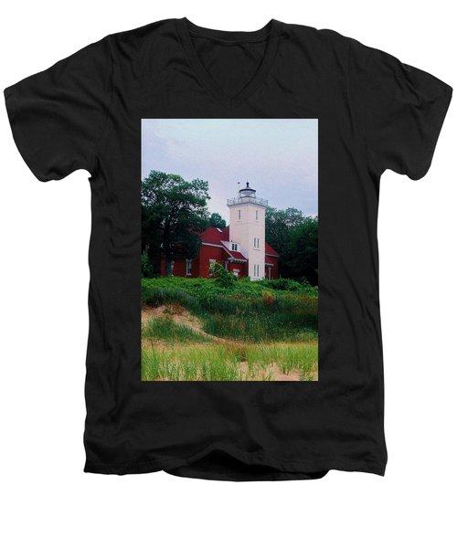 Men's V-Neck T-Shirt featuring the photograph 40 Mile Light by Daniel Thompson
