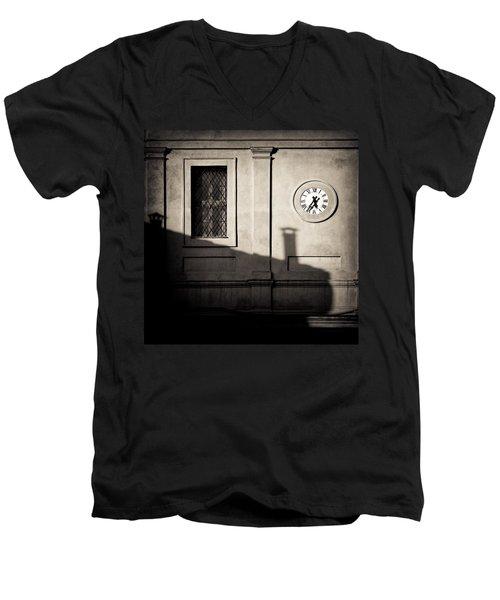 5.35pm Men's V-Neck T-Shirt