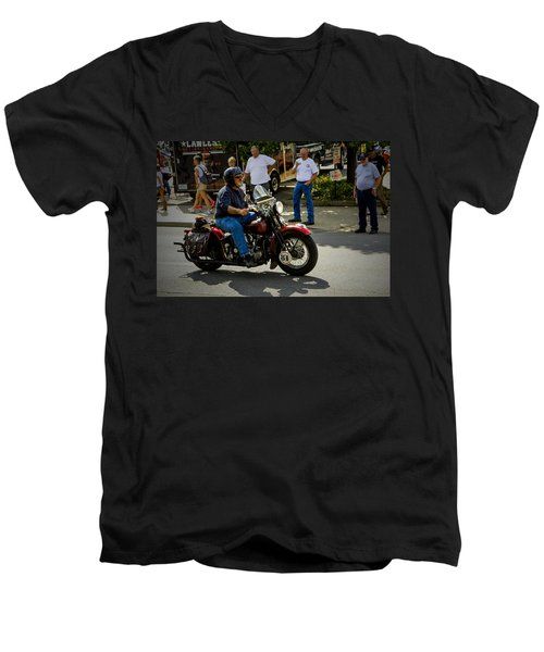 84 Rolls In Men's V-Neck T-Shirt