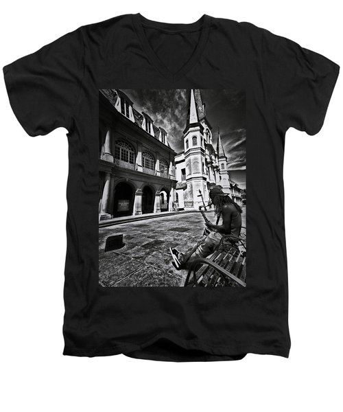 Men's V-Neck T-Shirt featuring the photograph A Buck At A Time by Robert McCubbin