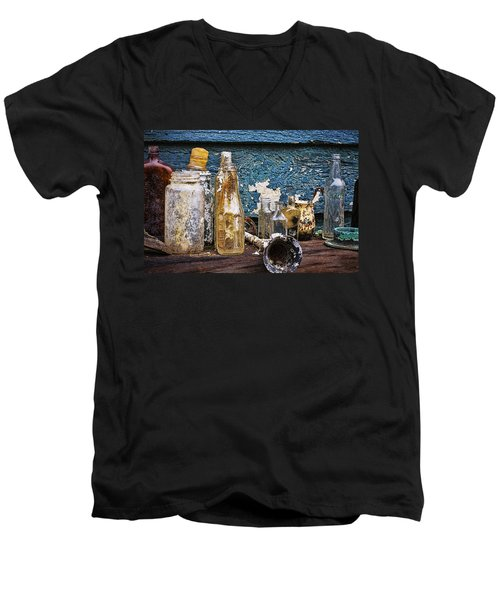 Men's V-Neck T-Shirt featuring the photograph Treasures Of A Scuba Diver by Peggy Collins