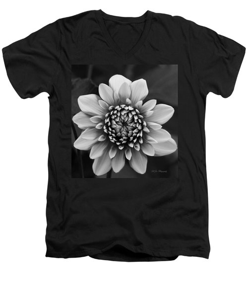 Ala Mode Dahlia In Black And White Men's V-Neck T-Shirt