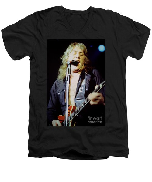 Alvin Lee - Ten Years Later At Oakland Auditorium 1979 Men's V-Neck T-Shirt
