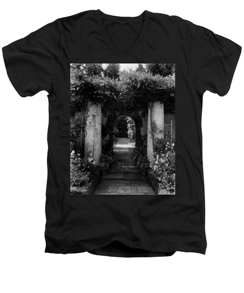 An Archway In The Garden Of Mrs. Carl Tucker Men's V-Neck T-Shirt