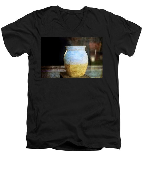 An Old Pot In Vintage Background Men's V-Neck T-Shirt
