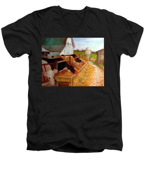 An009 Men's V-Neck T-Shirt
