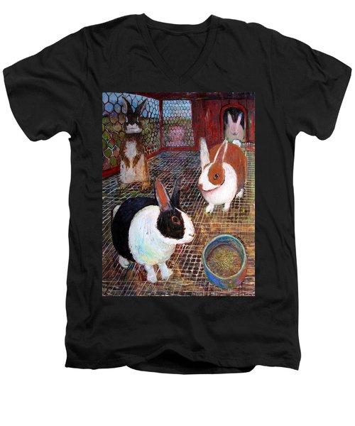 An021 Men's V-Neck T-Shirt