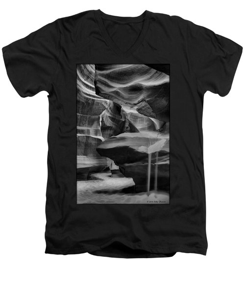 Antelope Canyon 2 Men's V-Neck T-Shirt