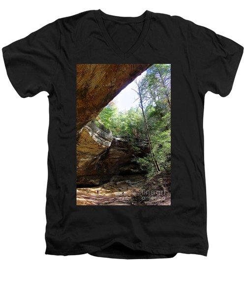 Ash Cave Of The Hocking Hills Men's V-Neck T-Shirt