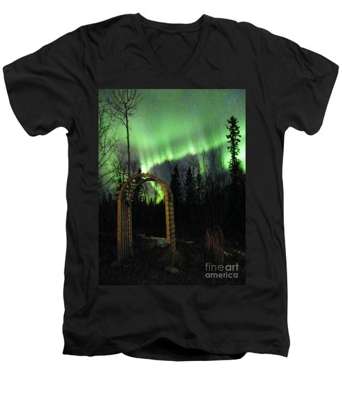 Auroral Arch Men's V-Neck T-Shirt