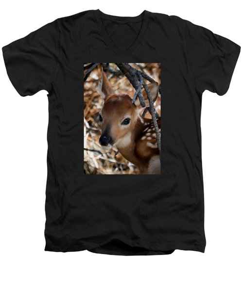 Baby Face Fawn Men's V-Neck T-Shirt