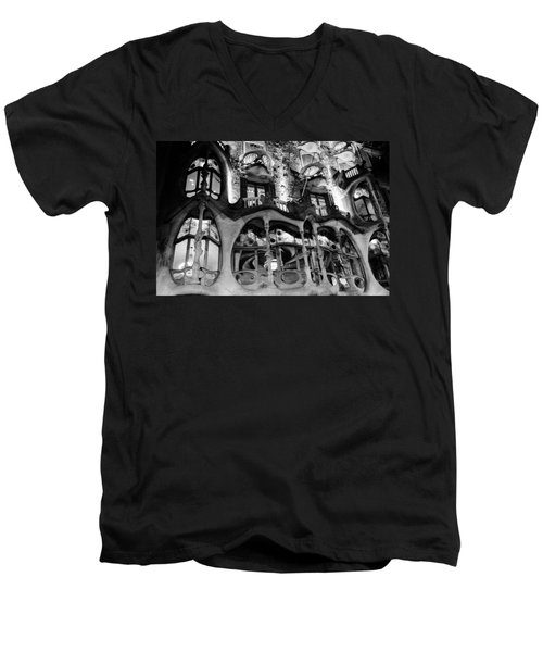 Barcelona - Casa Batllo Men's V-Neck T-Shirt