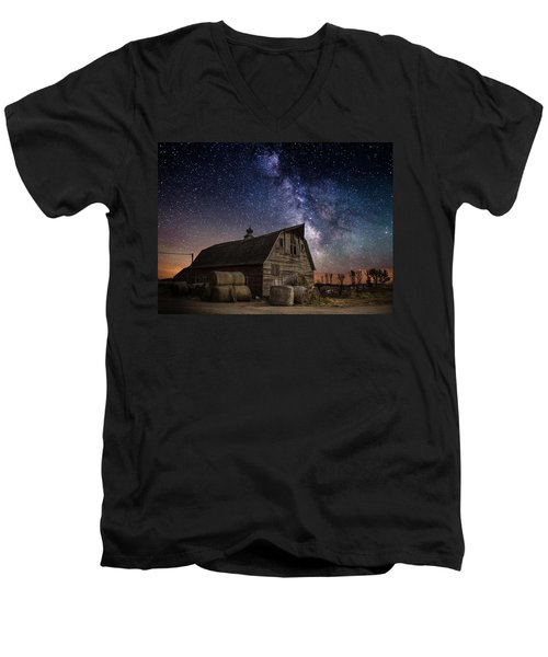Barn Iv Men's V-Neck T-Shirt