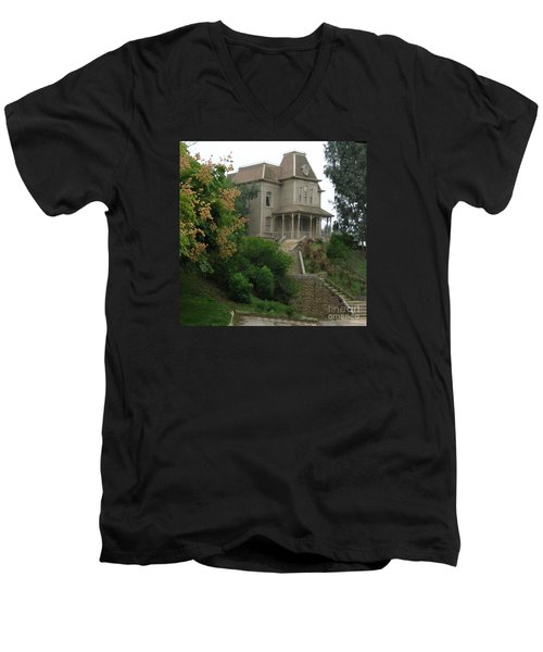 House Of Norman Bates Men's V-Neck T-Shirt