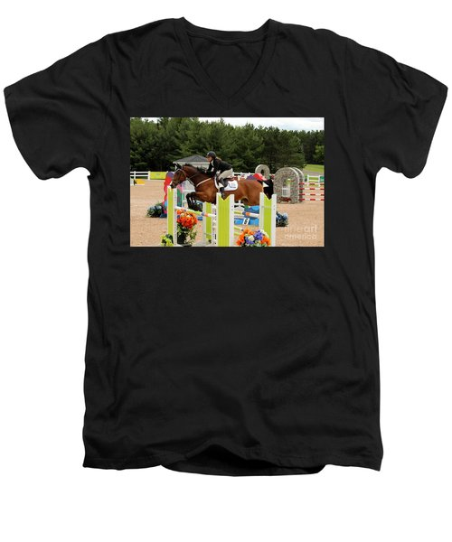Bay Show Jumper Men's V-Neck T-Shirt