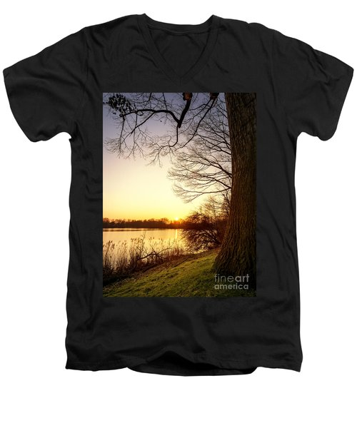 Beautiful Lake Men's V-Neck T-Shirt