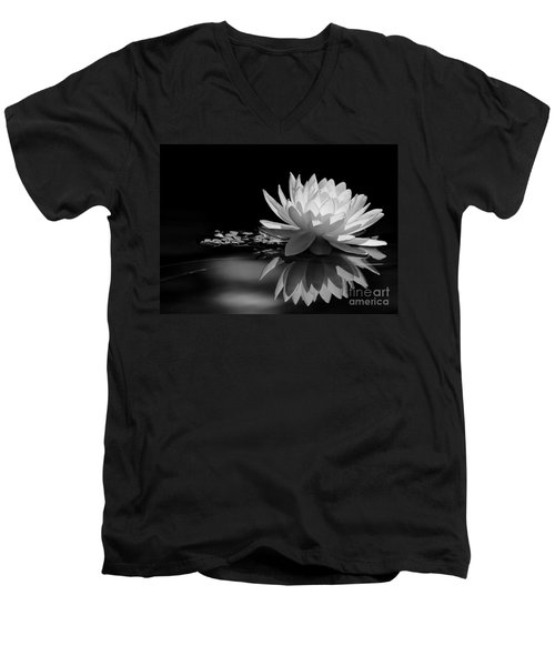 Beautiful Water Lily Reflections Men's V-Neck T-Shirt