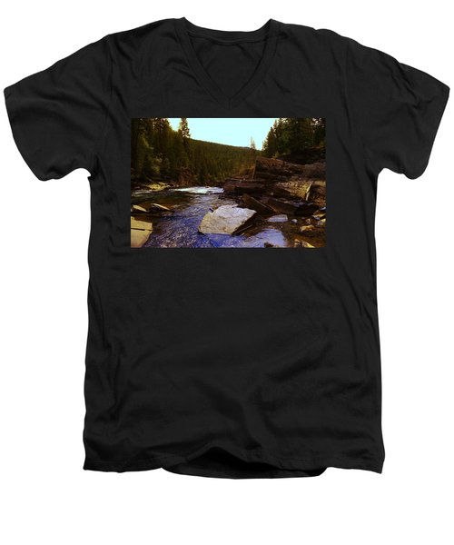 Beautiful Yak River Montana Men's V-Neck T-Shirt