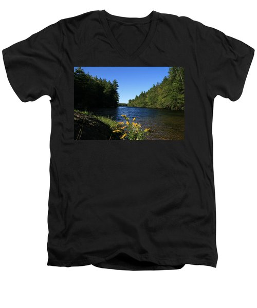 Men's V-Neck T-Shirt featuring the photograph Bigelow Hollow  by Neal Eslinger