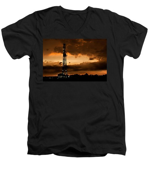 Black Gold Men's V-Neck T-Shirt