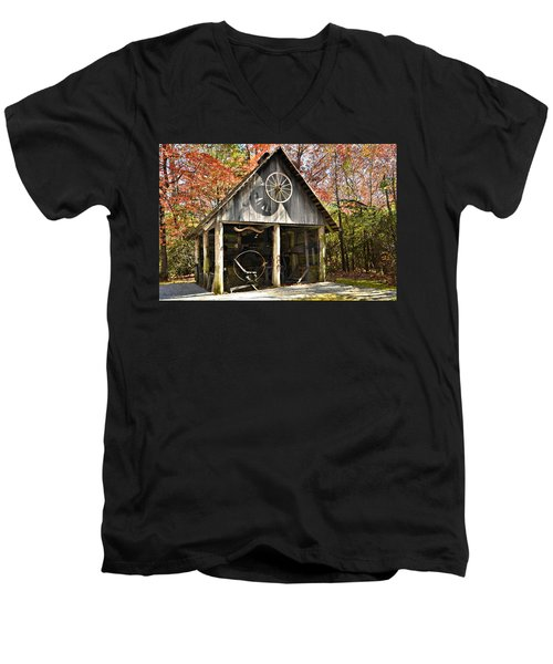 Blacksmith Shop Men's V-Neck T-Shirt