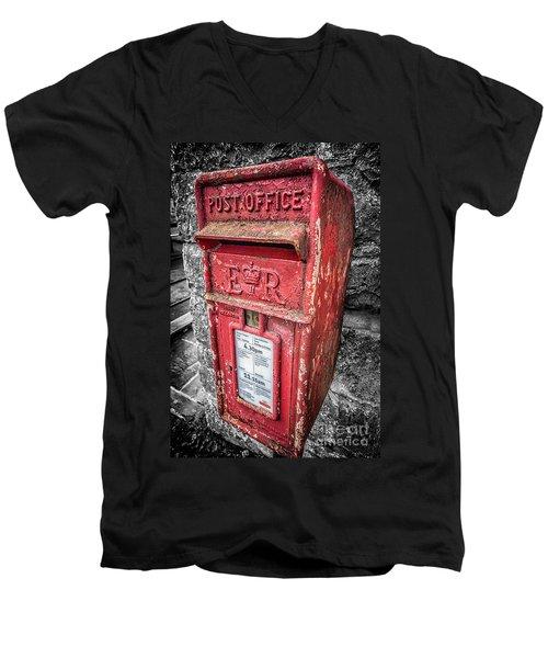 British Post Box Men's V-Neck T-Shirt