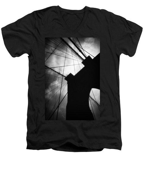 Brooklyn Bridge Silhouette Men's V-Neck T-Shirt