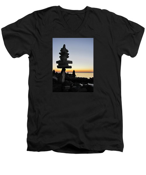 Cairns At Sunset At Door Bluff Headlands Men's V-Neck T-Shirt by David T Wilkinson