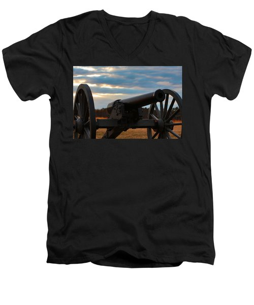 Cannon Of Manassas Battlefield Men's V-Neck T-Shirt