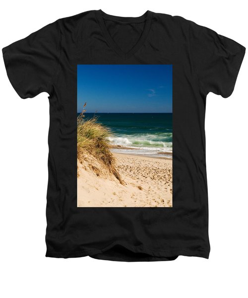 Cape Cod Massachusetts Beach Men's V-Neck T-Shirt