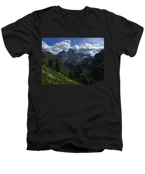 Cascade Canyon North Fork Men's V-Neck T-Shirt