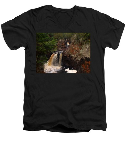 Cascade River Men's V-Neck T-Shirt