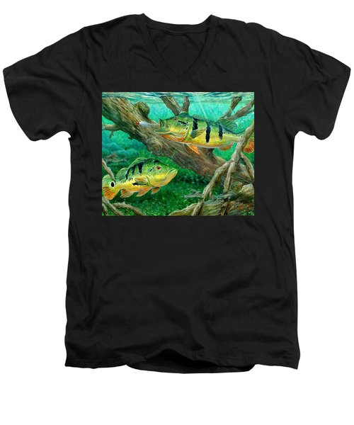 Catching Peacock Bass - Pavon Men's V-Neck T-Shirt
