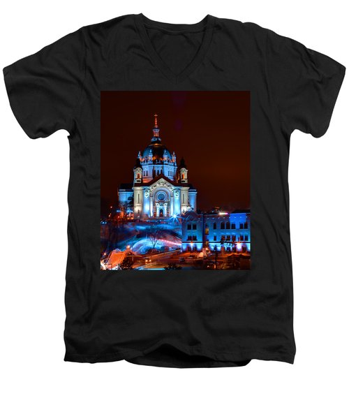 Cathedral Of St Paul All Dressed Up For Red Bull Crashed Ice Men's V-Neck T-Shirt