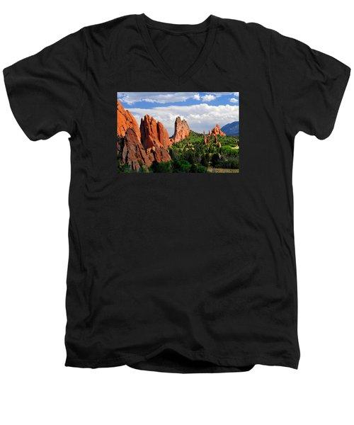 Central Garden Of The Gods Park Men's V-Neck T-Shirt by John Hoffman
