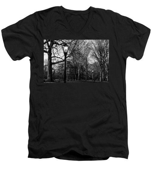 Central Park Streetlamps In Black And White 2 Men's V-Neck T-Shirt