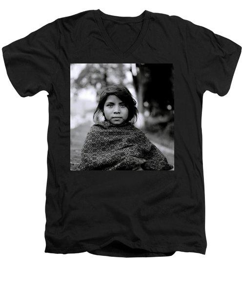 Chiapas Girl Men's V-Neck T-Shirt