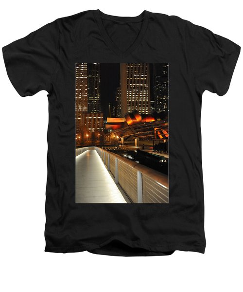 Chicago Millenium Park Men's V-Neck T-Shirt