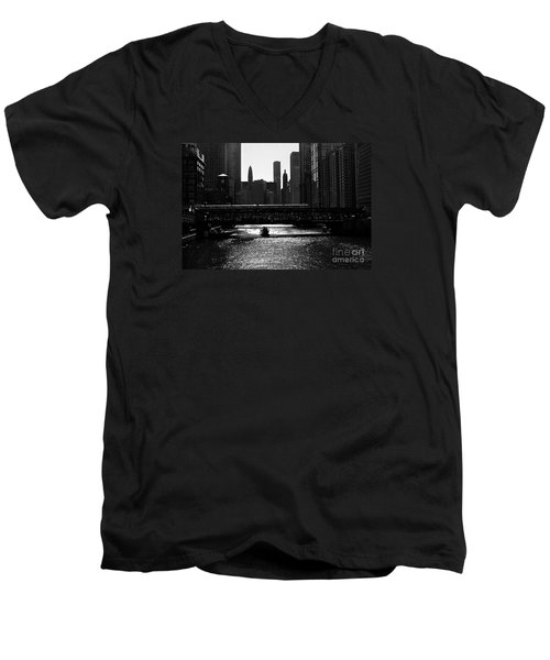 Chicago Morning Commute - Monochrome Men's V-Neck T-Shirt